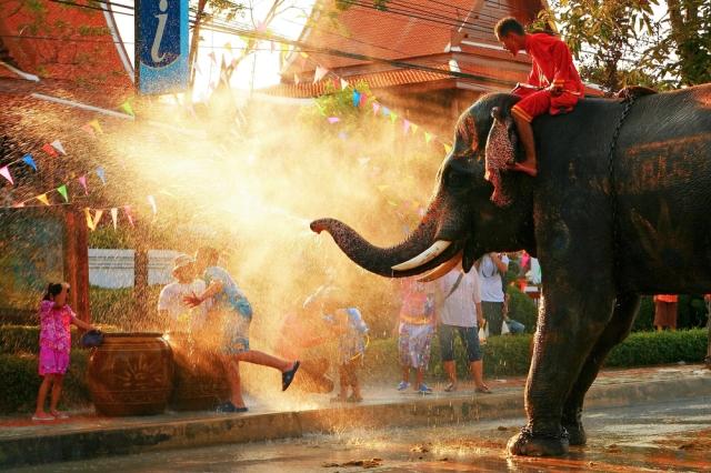 elefante_Songkran_restaurante_thai_gardens-ret.jpg
