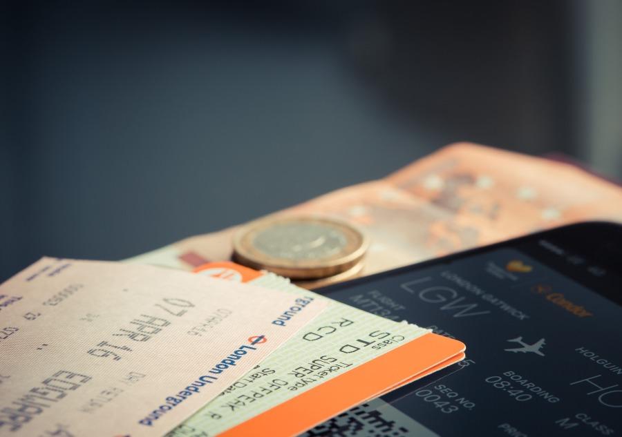 Billete de avión con seguro de cancelación